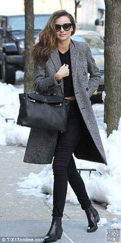 18. Long #Coat, Cropped Top and #Black Skinnies - 65 #Absolutely Stunning #Miranda Kerr Outfits ... → #Celebs #Outfits