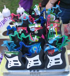 What a great and creative way to present some rockin' delicious treets to your little party animals! #creative #candy #rock #kids #party
