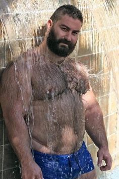 Tumblr is a place to express yourself, discover yourself, and bond over the stuff you love. It's where your interests connect you with your people. Hairy Men, Bearded Men, Johnny Be Good, Beefy Men, Muscle Bear, Bear Pictures, Daddy Bear, Big Guys, Bear Cubs