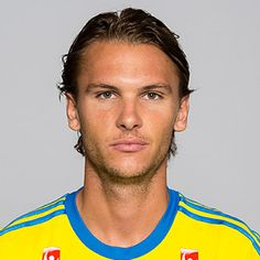 Albin Ekdal (Sweden) Sweden Football, International Football, Football Players, Future, Breakfast Nook, Soccer Players, Future Tense