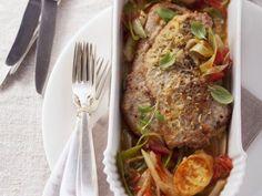 Kalbsschnitzel mit Grießschnitten und Gemüse ist ein Rezept mit frischen Zutaten aus der Kategorie Kalb. Probieren Sie dieses und weitere Rezepte von EAT SMARTER!