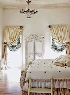 BOISERIE & C.: Camere da Letto - Bedroom