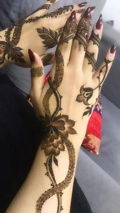 Modern Henna Designs, Floral Henna Designs, Latest Arabic Mehndi Designs, Finger Henna Designs, Henna Art Designs, Mehndi Designs For Girls, Mehndi Designs For Beginners, Dulhan Mehndi Designs, Mehndi Design Pictures