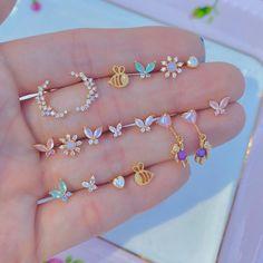 Stylish Jewelry, Simple Jewelry, Cute Jewelry, Fashion Jewelry, Kawaii Accessories, Jewelry Accessories, Jewelry Design, Hand Jewelry, Shell Jewelry