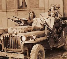 Military Tactics, Military Weapons, Special Air Service, North African Campaign, Willys Mb, Military Special Forces, Old Jeep, Military Pictures, Jeep Models