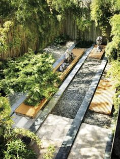 interesting cool linear garden design with water feature Residential Landscaping, Modern Landscaping, Landscaping Tips, Garden Landscaping, Villa Architecture, Landscape Architecture Design, Landscape Architects, Contemporary Landscape, Urban Landscape