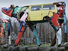 Vehicles sculpted into huge animal sculptures - Miina Äkkijyrkkä