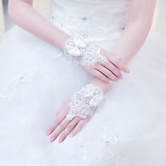 Women's Gloves, Fingerless Gloves, Gloves Fashion, Satin Shorts, Stunning Wedding Dresses, Palace, Women Accessories, Ivory, Embroidery