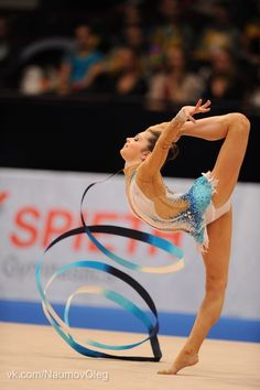 Rhythmic Gymnastic is ♥: Photo Gymnastics Equipment, Sport Gymnastics, Rhythmic Gymnastics Leotards, Gymnastics Photography, Dance Like No One Is Watching, Sports Pictures, Female Athletes, Sport Girl, Thighs