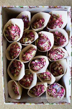 Statt Konfetti - Lavendel und Rosenblätter