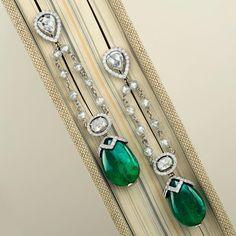 Pair of Zambian Emerald Earrings. Emerald drops, combined weight carats, in an exquisite setting w' carats of Diamonds, rose-cut Diamonds and Briolette Diamonds Emerald Earrings, Emerald Jewelry, Diamond Jewelry, Jewelry Accessories, Jewelry Design, Ear Jewelry, Zambian Emerald, Emerald Stone, Chandelier Earrings
