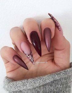 23 Beste Gel-Nageldesigns Kopieren Sie im Jahr 2019 23 best gel nail designs copy in 2019 - Frisurenx. Burgundy Nails, Blue Nails, Sparkly Nails, Metallic Nails, Pastal Nails, Dark Green Nails, Maroon Nails, Perfect Nails, Gorgeous Nails