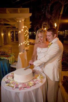 Sweet Pea's Kitchen » Grand Cayman & No Bake Cookies and Cream Bars