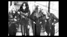 Girlschool - Yeah right (1980)