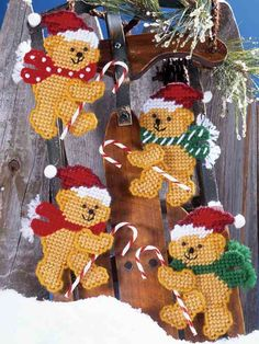 Design Works Plastic Canvas Kit  CANDY CANE BEAR 4 Ornaments