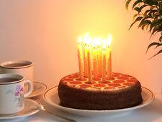 Свечи-малышки для праздничного торта!  Натуральный пчелиный воск + хлопковый фитиль https://instagram.com/p/BF60F1HkwDM/