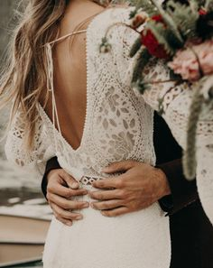 This Rocky Mountain bohemian inspiration shoot is a wedding photographer dream that will inspire your wedding photographer with boho wedding ideas! Western Wedding Dresses, Bohemian Wedding Dresses, Princess Wedding Dresses, Bridal Dresses, Bohemian Weddings, Indian Weddings, Vail Colorado, Elopement Inspiration, Plus Size Wedding