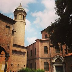 Basilica di San Vitale #Ravenna - Instagram by @carnetdescapade