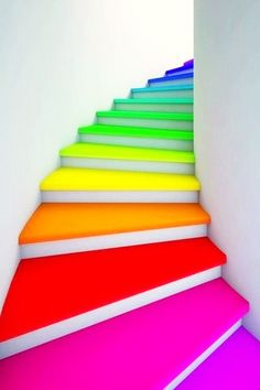 12 Ideas To Spice Up Your Stairs - Stairway to heaven - Rainbow Neon Colors, Rainbow Colors, All The Colors, Neon Rainbow, Bright Colors, Rainbow Things, Rainbow Stuff, Rainbow Art, Happy Colors