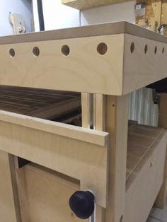 Holzwurm Tom: Das Zentrum in der Werkstatt - Der neue Arbeitstisch (Teil 3)