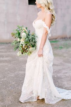 Best of BM 2017: 10 Of Our Favorite Wedding Dresses - Bridal Musings