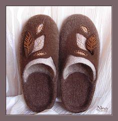 Felted Wool Crafts, Felt Crafts, Felted Wool Slippers, Felt Boots, Wool Shoes, Slipper Boots, Needle Felting, Wool Felt, Ciabatta