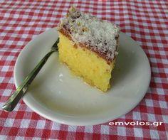 Παντεσπάνι της Νίτσας - Ένα γλυκάκι αγαπησιάρικο μέσα στην απλότητά του | Έμβολος Greek Desserts, Cornbread, Cheesecake, Pudding, Ethnic Recipes, Food, Millet Bread, Cheesecakes, Custard Pudding