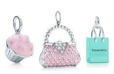 Tiffany - Charms -web-may. Handbag charm with diamonds and pink enamel finish in platinum. I Love Jewelry, Charm Jewelry, Jewlery, Charm Bracelets, Jewelry Box, Tiffany And Co, Tiffany Blue, Minis, Soldered Pendants