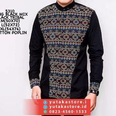 Batik Fashion, Hijab Fashion, Men's Fashion, Batik Couple, Batik Kebaya, King Fashion, African Clothing For Men, Poplin, Christmas Sweaters