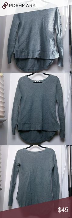 Madewell sweater Cute olive green colored pullover sweater. Slightly hi lo. No pulls or condition issues, in great shape. Madewell Sweaters