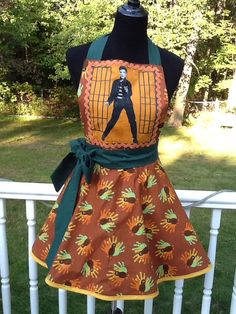 Elvis Thanksgivjng reversible apron