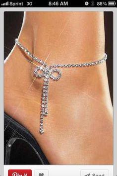 how to wear an ankle bracelet