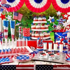 10 Sweet 4th of July Party Ideas - Party City | #Red #White #and #Blue #food #party #decor #decoration #decorations #ideas #Party #City #Patriotic #Merica #America #USA #Independence #Day #4th #Fourth #of #July