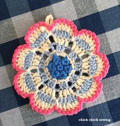 chick chick sewing: ❤︎Flower crochet potholder ❤︎ かぎ針編みでお花のポットマット❤︎