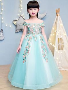 Embroidery Bead Dress Lace 21 Ideas For 2019 Baby Girl Party Dresses, Dresses Kids Girl, Baby Dress, Cute Dresses, Kids Outfits, Flower Girl Dresses, Princes Dress, Dress Anak, Dress Pesta