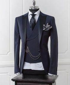 5 Bold Tips AND Tricks: Urban Fashion Style Jeffrey Campbell urban wear for men.Urban Wear Streetwear Women urban fashion for men hats. Mens Fashion Suits, Mens Suits, Fashion Menswear, Komplette Outfits, Fashion Outfits, Fashion Hats, Style Fashion, Fashion Ideas, Jackets Fashion