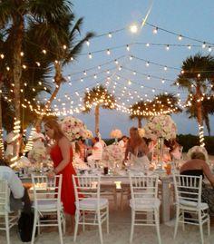 twinkle lights for reception decor @weddingcancun
