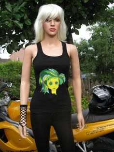 Fitness workout Tops & more. Alice Brands has a wide selection of women's stylish Tops in a range of sizes and fit. Ideal for the Gym, Pilates, Yoga and other Keep Fit and sports training workouts, all with eye catching vibrant designs. #Fitness #fitnessgirl @WomensHealthMa1 Order direct from: http://etsy.com/uk/shop/AliceBrands …  http://www.alicebrands.co.uk .