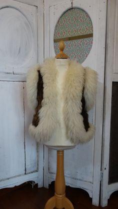 6dca68b665b À vendre sur  vintedfrance ! http   www.vinted.fr mode-femmes sweats ...