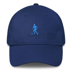 This cotton cap is a great choice for keeping cool in the summer whilst going to watch your favourite soccer club compete and challenge for titles ! Football Caps, Baseball Hats, Man Of The Match, Soccer, Accessories, Collection, Baseball Caps, Futbol, European Football