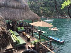 El restaurante en medio de la playa de Puerto Vallarta | Colecciona Experiencias
