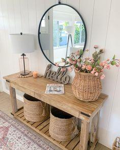 Hallway Decorating, Entryway Decor, Decorating Your Home, Interior Decorating, Interior Design, Decorating Ideas, Summer Decorating, Porch Decorating, Spring Home Decor