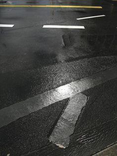 grey.quenalbertini: Franco Fontana, Asfalto, Francoforte