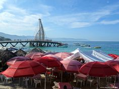 A Travel Blog witih much about Mex Travel -- Playa Los Arcos and Pier, Puerto Vallarta