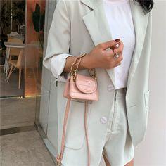 Naladoo Crossbody Purse for Women Multi Pocket Small Crossbody Bags Purses Soft Pu Leather Messenger Bags Small Crossbody Bag, Tote Purse, Leather Crossbody Bag, Pu Leather, Best Purses, Purses And Handbags, Chain, Messenger Bags, Stone