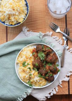 Burmese Meatball Curry - The seasoned beef meatballs are simmered in a sweet, savory and tangy sauce that combines garlic, onion, ginger, tomatoes and tamarind liquid. Burmese Food Recipe by Girl Cooks World Indian Food Recipes, Asian Recipes, Beef Recipes, Healthy Recipes, Ethnic Recipes, Curry Recipes, Healthy Food, Cooking Recipes, Burmese Food