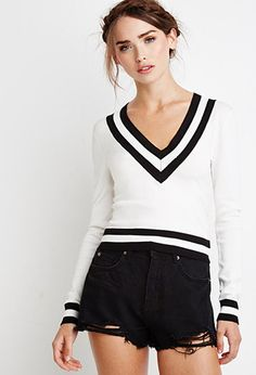 Varsity-Striped Crop Sweater from Forever Saved to Back to school. Shop more products from Forever 21 on Wanelo. Varsity Sweater, Cropped Sweater, Long Sleeve Sweater, Jumper, Cute Cardigans, Sweaters For Women, Shorts Jeans Preto, Minimal Outfit, White V Necks