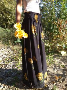 Tuto couture - The long skirt to decline for all seasons. - I hack . Couture Tops, Diy Crochet, Sewing Clothes, Dressmaking, Feminine, Bridesmaid, Style Inspiration, Skirts, Collection