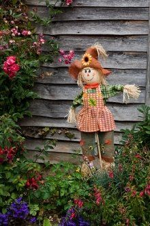 garden scarecrow ideas - Google Search