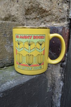 Vintage mug. Lube the good with the colors. Retro/vintage drinkware to match tshirts! Loving it